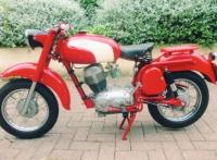 AM032